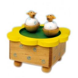 Holzspieluhr tanzende Schafe