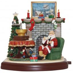 Spieluhr Santa vor dem Kamin